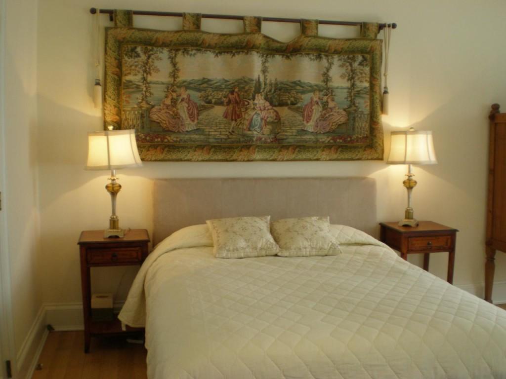 http://hamptonbid.com/wp-content/themes/realtorpress/thumbs/guest-bedroom-1024x768.jpg