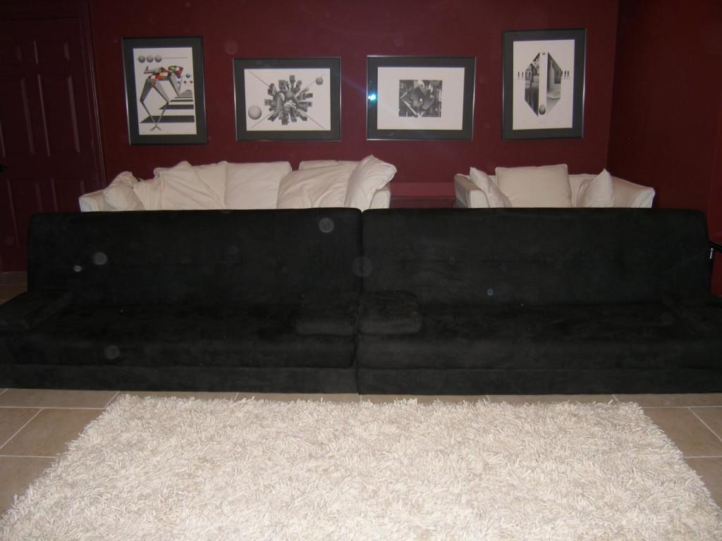 http://hamptonbid.com/wp-content/themes/realtorpress/thumbs/theater-seating-1024x768.jpg